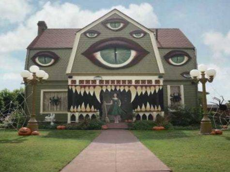 Looks Like Normal House But Look Closer Wow