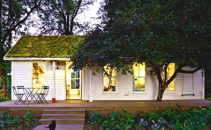Lush Green Roof Keeps Tiny Cottage Home Cool