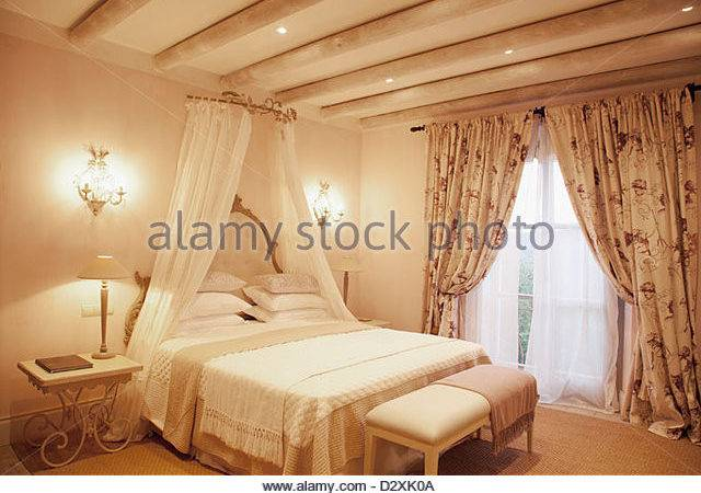 Luxury Canopy Bed Amazing Master Bedrooms Featuring