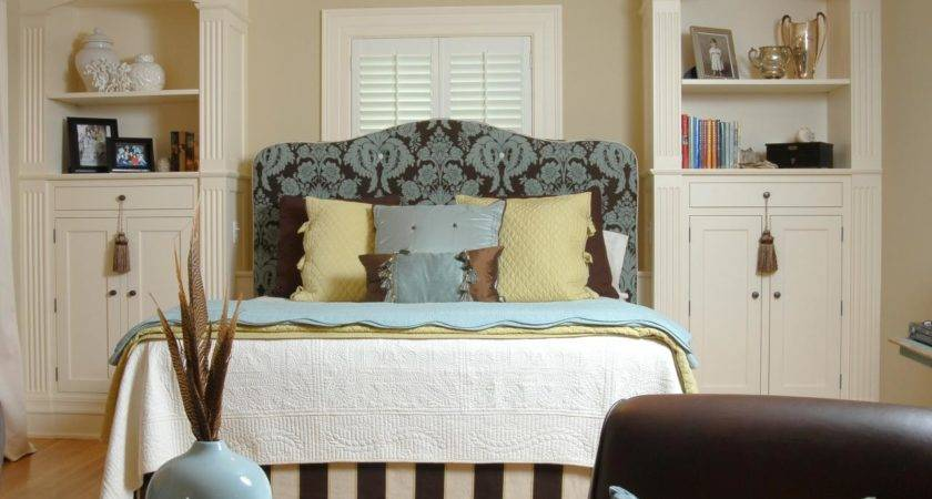 Make Small Bedroom Look Good Excellent