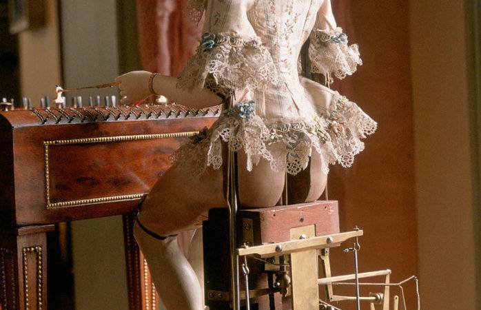 Marie Antoinette Piano Playing Android Pursuitist