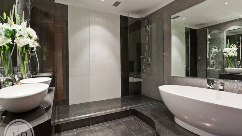Modern Bathroom Design Freestanding Bath Using