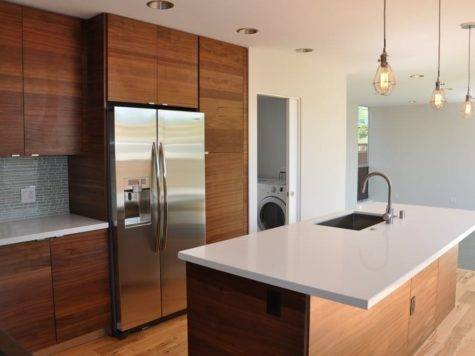 Modern Kitchen Walnut Veneer Cabinets Aluminum Trim