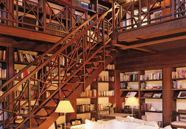 Most Beautiful Home Libraries Around World Wow