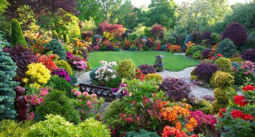 Most Beautifully Designed Flower Gardens
