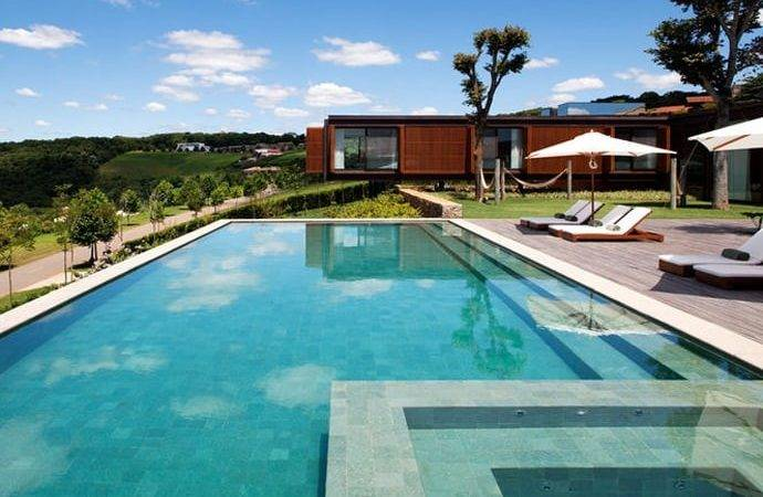 Most Spectacular Contemporary Pools Presented