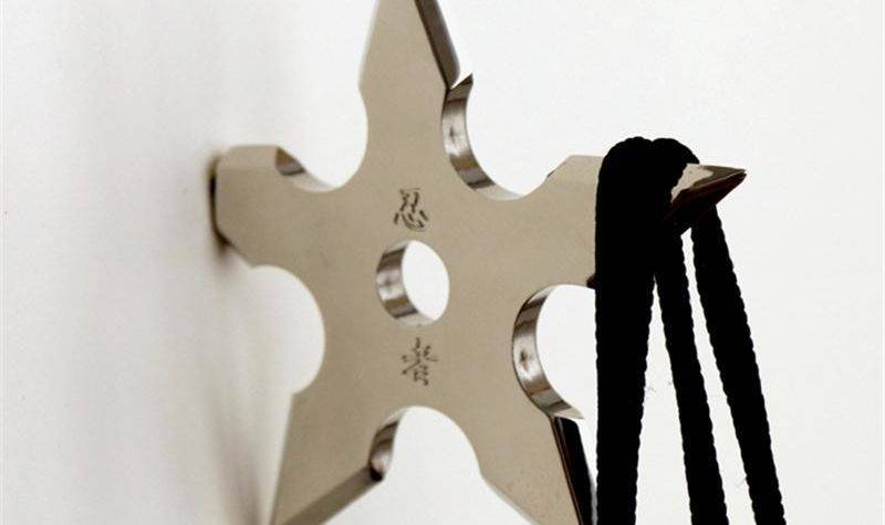 New Creative Ninja Coat Hook Novelty Throwing Star