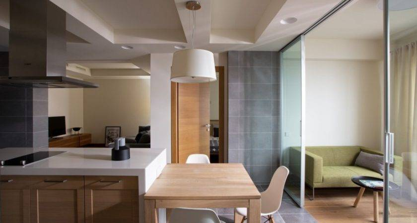 Nice Apartment Layout Allows Owners Explore