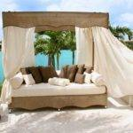 Outdoor Canopy Beds Ideas Romantic Summer