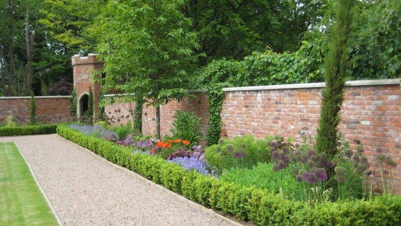 Professional Private Commercial Landscape Gardening