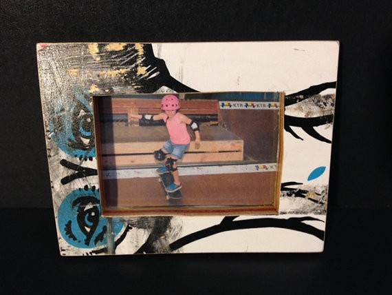 Recycled Skateboard Magnetic Frame Products