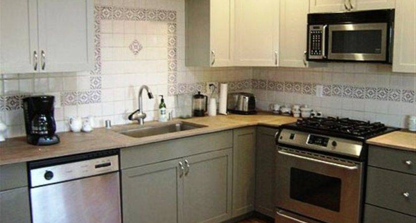 Refinishing Kitchen Cabinets Give New Look
