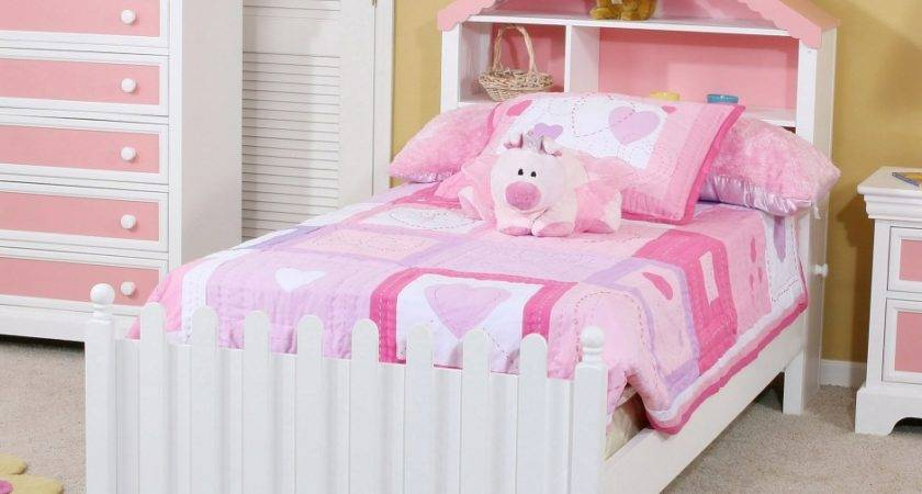 Rental House Personalize Little Girls Bedroom