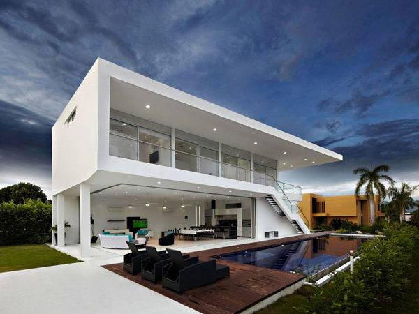 Residence Colombia Displaying Minimalist Design