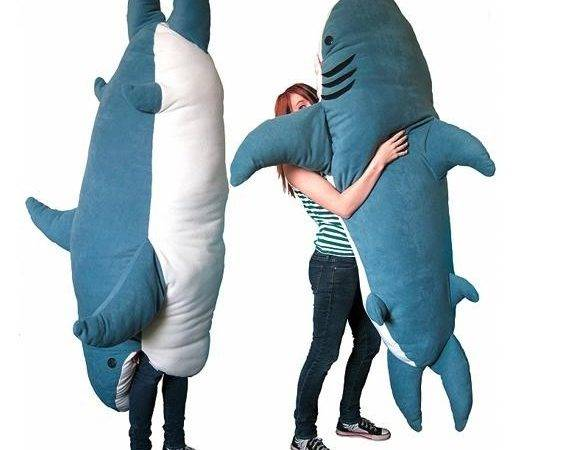 Shark Pillow Eats Body Cepagolf