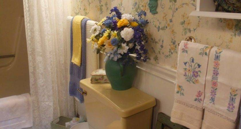 Small Bathroom Decorating Ideas Tight Budget