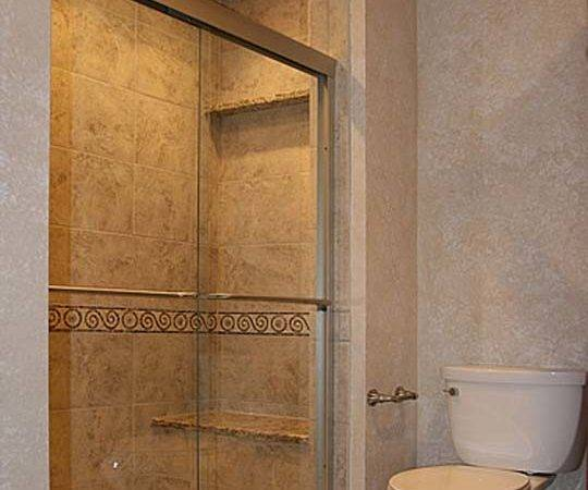 Small Bathroom Remodel Ideas Photos Grasscloth