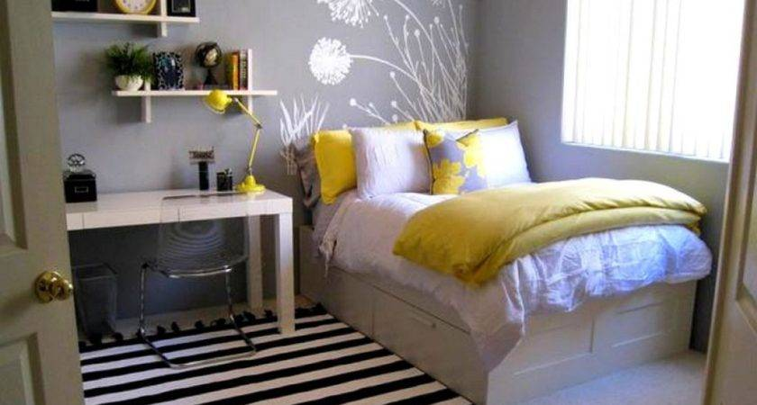 Small Bedroom Ideas Queen Bed Decorate House