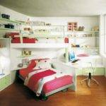 Small Kids Bedroom Bunk Bed Red Color Corner