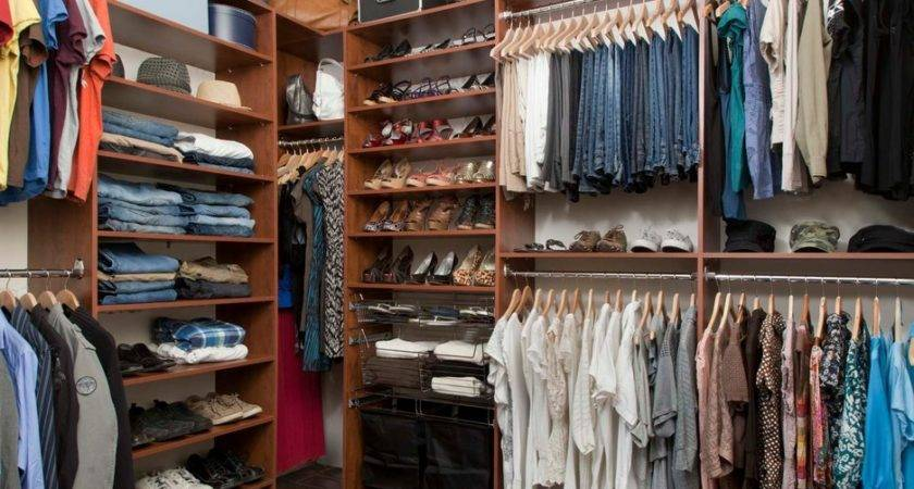Small Walk Closet Organization Ideas