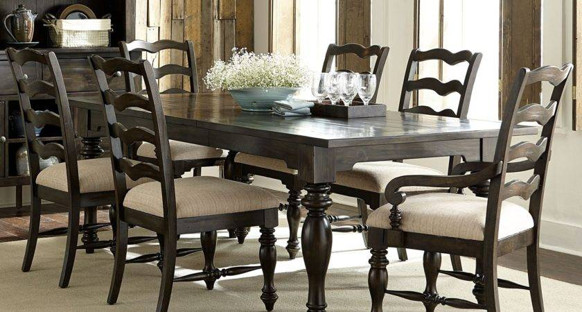 Southern Pines Bark Extendable Dining Room Set
