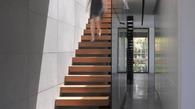 Stairs House Looks Minimalistic Outside But