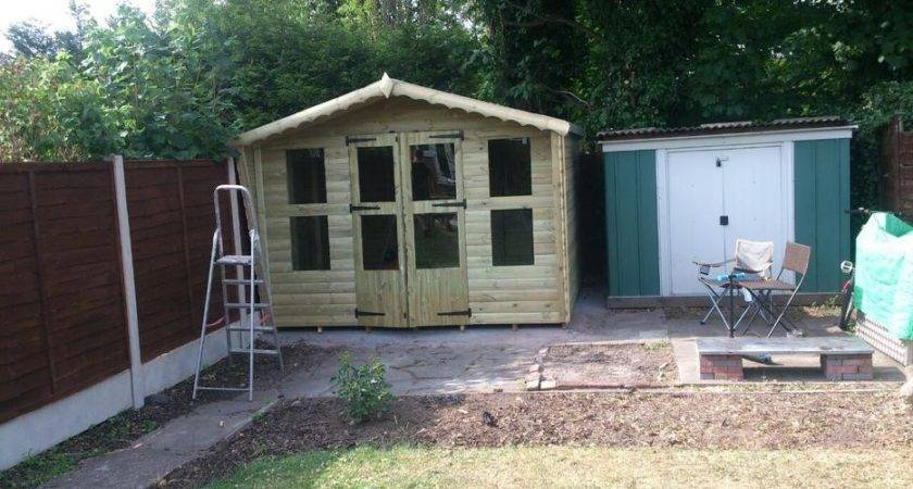 Tanlized Summer House Outside Black Country Region