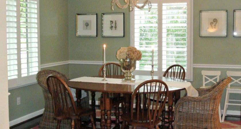 Tell Your Neighbor Dining Room Rug