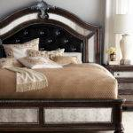 These Elegant Headboard Designs Raise Your Bedroom