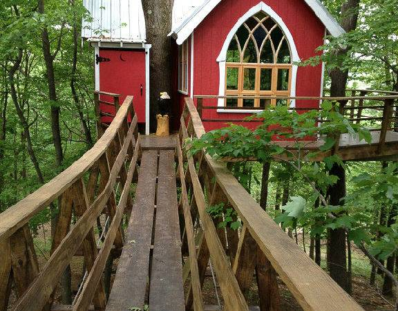 Treehouses Glamping