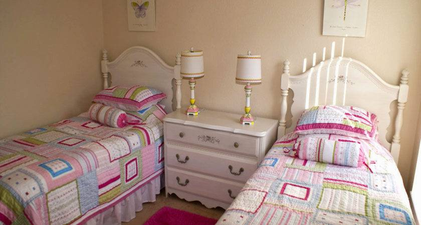 Two Girls Bedroom Ideas Home Wall Decoration
