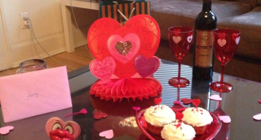 Valentine Day Room Decorations