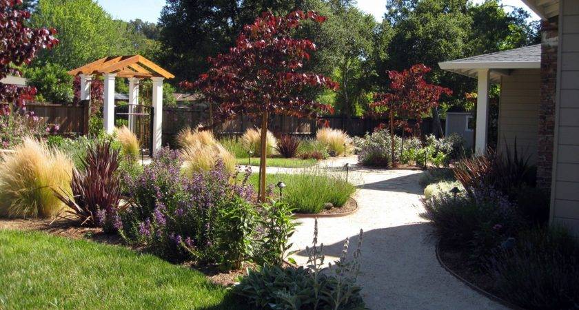 Various Front Yard Ideas Beginners Want