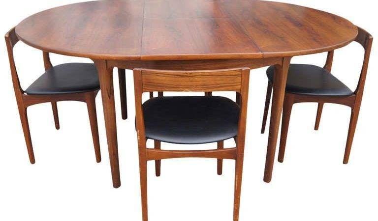 Vintage Expandable Butterfly Leaf Dining Table