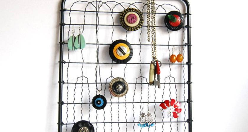 Vintage Wire Hanging Metal Display Jewelry Organizer