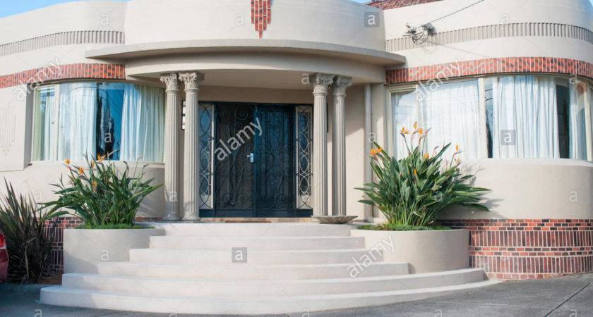 Waterfall Art Deco Style Homes Melbourne Suburb