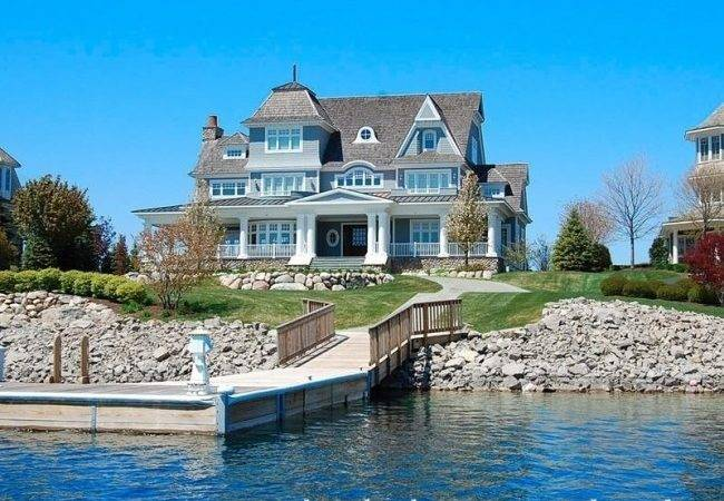 Waterside Home Great Beach House Style