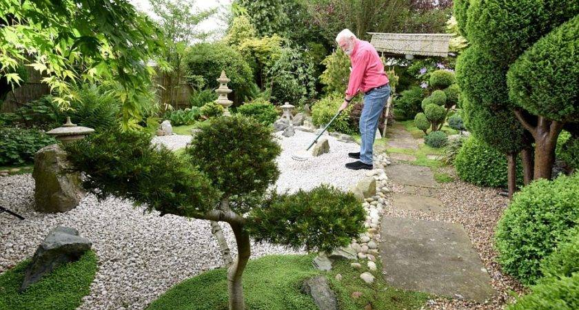 Welbourn Blind Pensioner Spends Years Creating Japanese