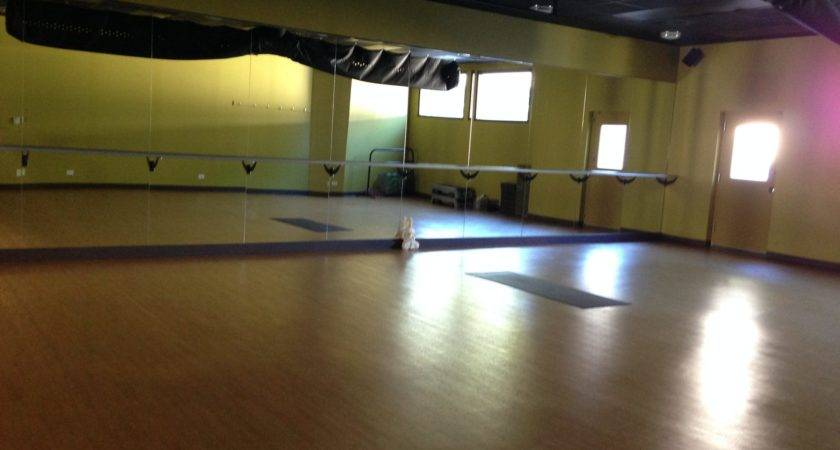 Zen Vin Yin Vino Yoga Garage Sweat Life